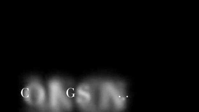 మంచం తెలుగులో సెక్స్ మూవీ మీద వివిధ స్థానాల్లో ఫకింగ్ యువతి