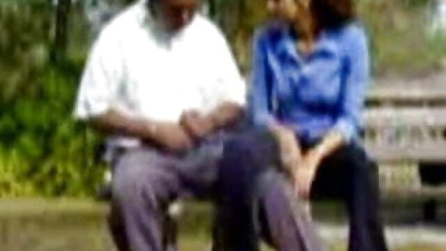 ఒక తెల్ల వస్త్రాన్ని లో ఒక తెలుగు సెక్స్ సెక్స్ డాక్టర్ రోగి చంపుతుంది