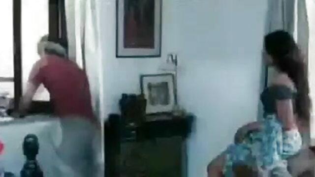 మూడు యువకులు ఎందుకంటే సే ఒక మనిషి విడాకులు తెలుగు హీరోయిన్ సెక్స్ వీడియో