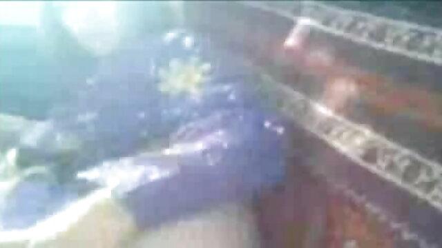 ఒక ఆకర్షణీయమైన అందగత్తె నోట సభ్యుడు జాగ్రత్తగా నియామకం తెలుగు సెక్స్ ఫోటోలు