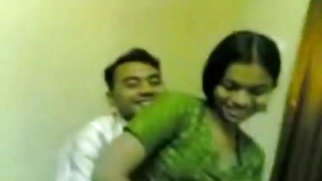 డబ్బు కోసం, ఫకింగ్ స్టూడియో లో ఒక తెలుగు కాలేజీ గర్ల్స్ సెక్స్ ప్రతినిధి
