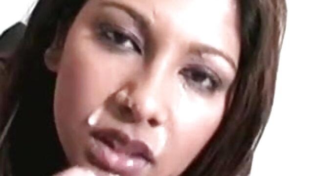 అత్త తో జంట పక్కింటి గది తెలుగు హీరోని సెక్స్ వీడియోస్ ఫకింగ్