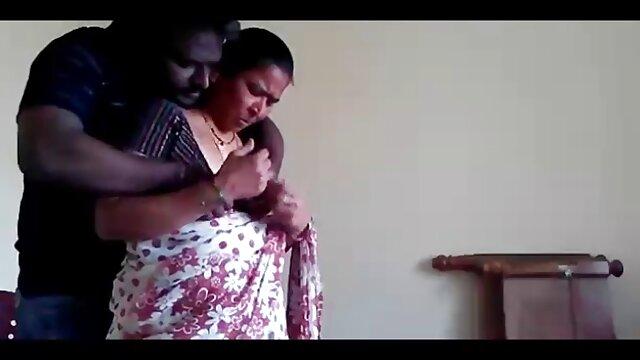 రుద్దడం పార్లర్ లో ఒక యువ తెలుగు సెక్స్ ఫోటోలు సందర్శకుల నాశనం
