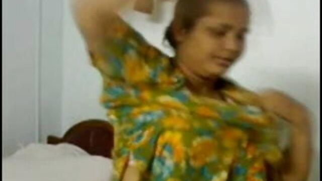 ఒక వ్యక్తి ఒక అమ్మాయి తెలుగు సెక్స్ వీడియో మూవీస్ తో ఉన్నాయి తన కుమారుడు సహాయపడింది