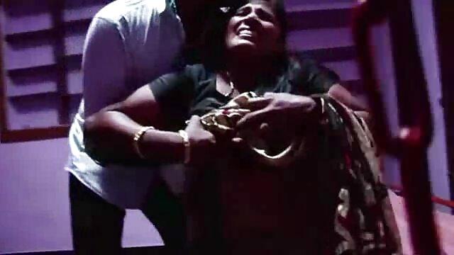 ముసుగు లో ఆమె సోదరి న తెలుగుసెక్స్ ఉంది చీటింగ్