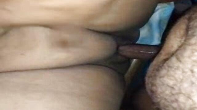 ఒక విద్యార్థి సెక్స్ తెలుగు లో సెక్స్ పార్టీలో యువ జంట ఫకింగ్