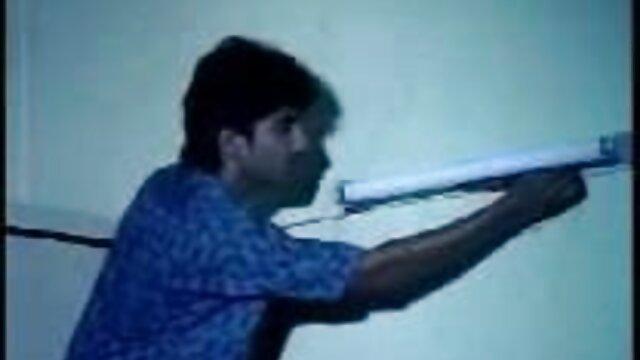ఒక ఏజెంట్ మోడల్ కాలుస్తాడు తెలుగు సెక్స్వీడియో మరియు ఒక కెమెరా పడుతుంది