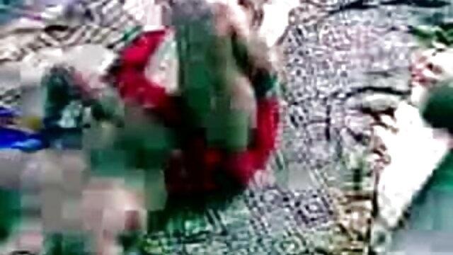 తండ్రి షవర్ తర్వాత తన తెలుగు తెలుగు సెక్స్ వీడియోస్ కుమార్తె చూసారు మరియు క్యాన్సర్ తో డక్ చూడండి కలిగి